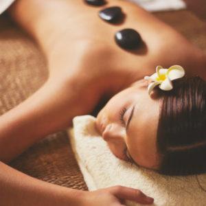 Massage aux pierres chaudes Rennes
